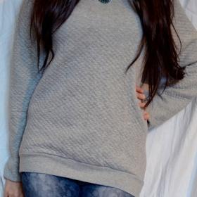 šedá mikina Zara - foto č. 1
