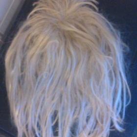 Blond blonďatá paruka Neznačkové - foto č. 1