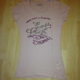 Růžové tričko Guess - foto č. 1