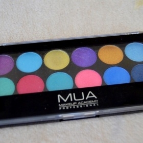Barevná paletka MUA - foto č. 1
