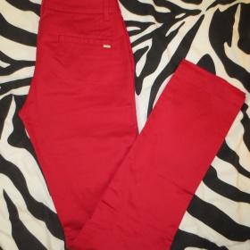Červené kalhoty Mango - foto č. 1