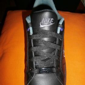 Černá obuv Nike - foto č. 1