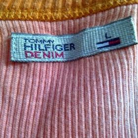 Batikované růžové triko Tommy Hilfiger - foto č. 1