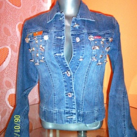 Modrá jeansová bunda neznačková - foto č. 1