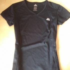 Černé sportovní tričko H&M - foto č. 1