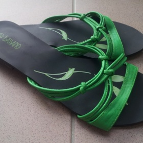 Zelené letní sandálky Bassano - foto č. 1