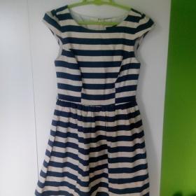 Modrobílé pruhované šaty Atmosphere - foto č. 1