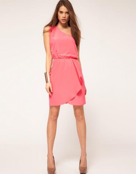 fd462e910025 Růžové šaty na jedno rameno Asos - Bazar Omlazení.cz