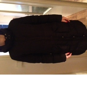 Černý  kabát T. Hilfiger - foto č. 1