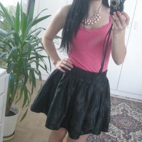Černá áčková sukně Nevím - foto č. 1