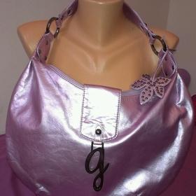Metalická fialková kabelka Guess - foto č. 1