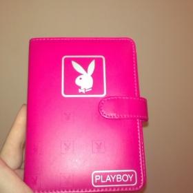 Růžový nedatovaný diář (organizér) Playboy - foto č. 1