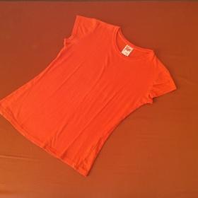 Triko oran�ov� Terranova - foto �. 1