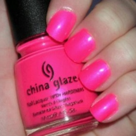 Neon lak China Glaze Glaze Pink Voltage - foto č. 1