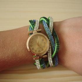 N�ramkov� hodinky s kam�nky zelen� nezna�kov� - foto �. 1