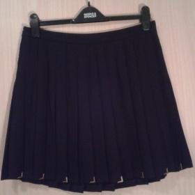 Černá skládaná sukně s vyšším pasem Zara - foto č. 1