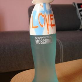 Moschino i love love neznačková - foto č. 1