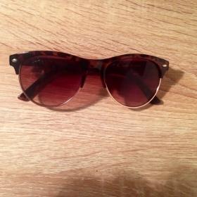 Sluneční brýle značky Next Next - foto č. 1