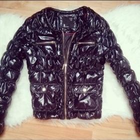 Černá lesklá bunda Tally Weijl - foto č. 1