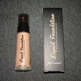 BH Cosmetics Liquid Foundation make - up nezna�kov�