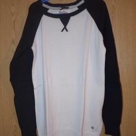 Černobílý svetr (XS) Cropp