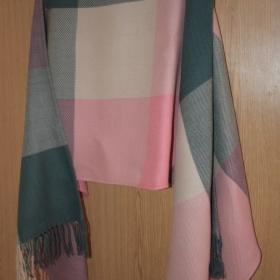 Barevný velký šátek neznačková - foto č. 1