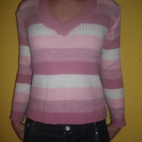 Růžový teplý svetr - foto č. 1