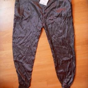Turecké kalhoty Bershka - foto č. 1