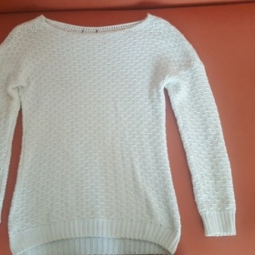 Pletený svetr neznačkový