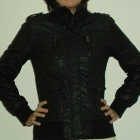 Černá koženková bunda Fishbone-New Yorker
