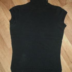 Elegantní černé roláčkové tričko Terranova - foto č. 1