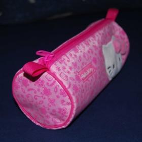 Růžové pouzdro (etue) Hello Kitty - foto č. 1