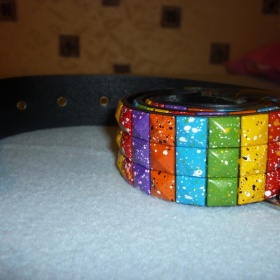 Pásek s barevnými cvoky - foto č. 1