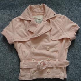 Růžové triko s páskem značky Diesel - foto č. 1
